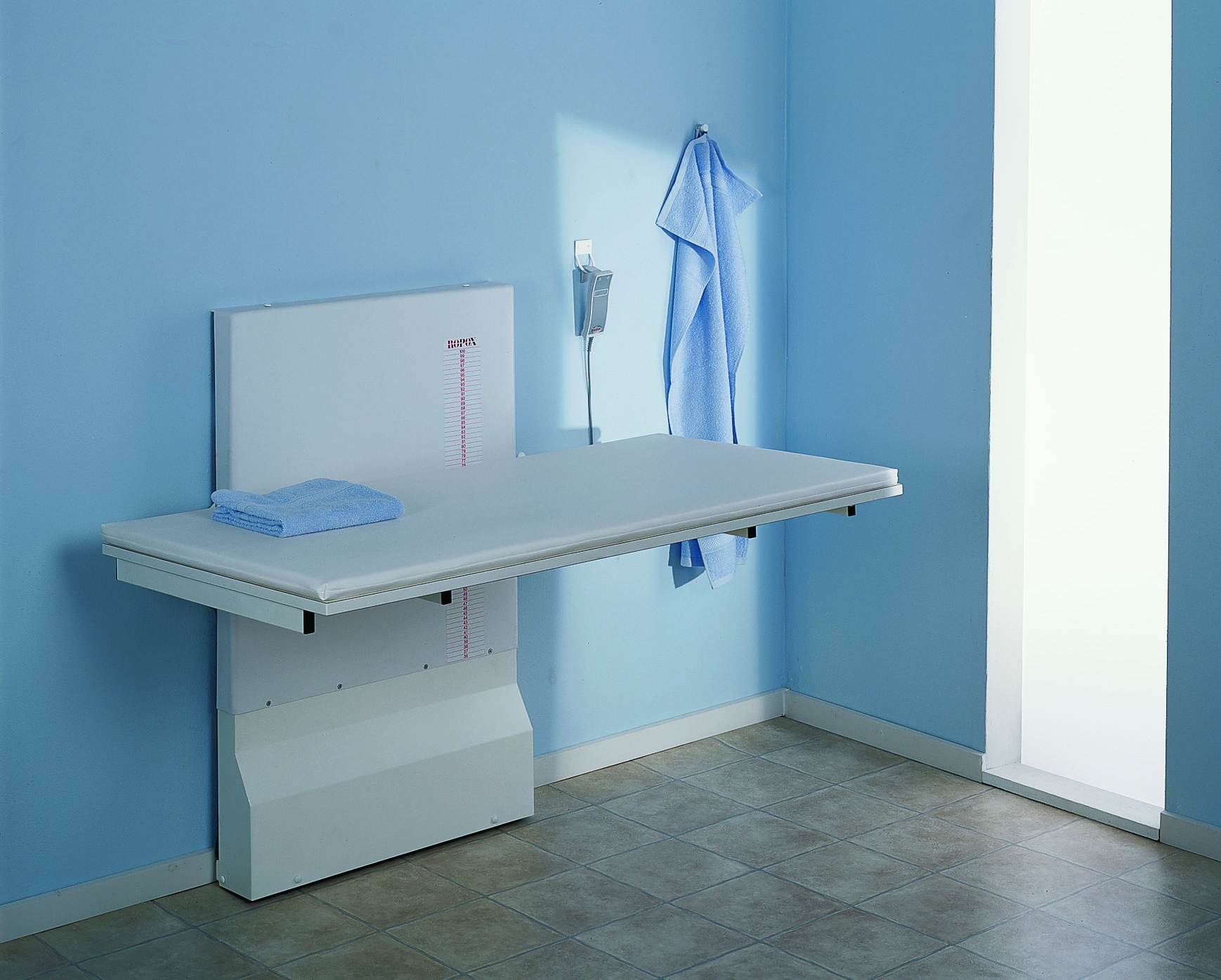 - Ropox Vario - Nursing Benches And Tables.co.uk